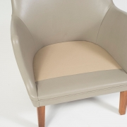 Pair of Arne Vodder Leather Lounge Chairs by Ivan Schlechter, Close Up of Seat