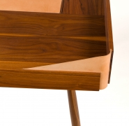 "Walnut and Leather ""Missboss Desk"" by Oluf Lund for Lop, Close Up View of Corner"