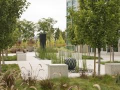 Black Diamond Fountain Plaza