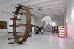 Installation view: Tony Smith, Paola Pivi, Ron Bladen, Kenneth Snelson, Barry McGee, Jason Rhoades