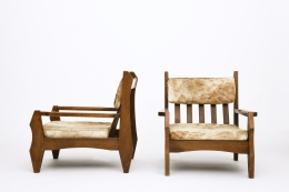 Guillerme et Chambron's pair of armchairs, side and front views
