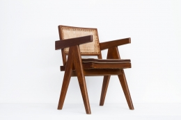 Pierre Jeanneret's Desk chair diagonal back front view