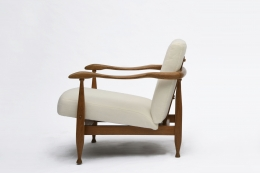Guillerme et Chambron's armchair side view