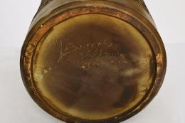 Marius Bessone's ceramic table lamp, detailed view of signature on bottom