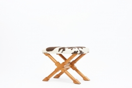 Andre Arbus's stool lower diagonal view