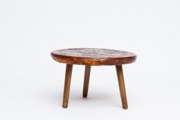Juliette Derel's ceramic coffee table straight view