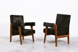 """Le Corbusier, Pierre Jeanneret & Jeet Lal Malhotra's """"Advocate and Press"""" pair of armchairs, diagonal front and back view"""