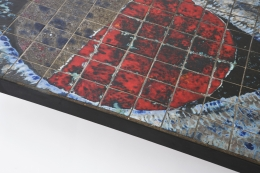 Baty's ceramic coffee table, detailed view of table top