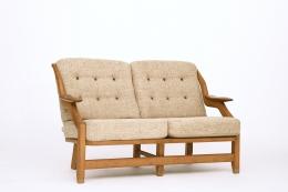 Guillerme et Chambron's sofa, front diagonal view