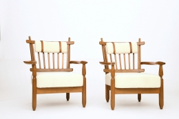 Guillerme et Chambron's pair of armchairs, front diagonal views