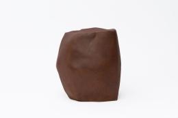 Annie Fourmanoir's ceramic stool, back view