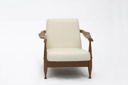Guillerme et Chambron's armchair front view