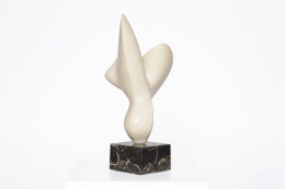 Antoine Poncet's marble and plaster sculpture, full side view
