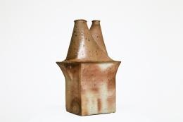 Yves Mohy's ceramic vase, full view