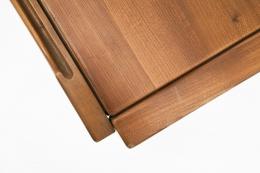 Maison Regain's desk top detail