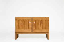 Maison Regain's sideboard, front straight view