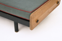 Jean Prouvé's daybed, detailed view of bottom and foot