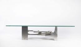 Gérard Mannoni's sculptural coffee table straight eye-level view