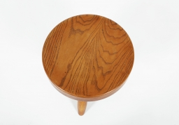 Charlotte Perriand's low stool, aerial view of top