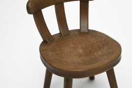 Marolles' wooden chair detailed view
