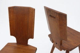 """Pierre Chapo's Set of four """"S28"""" chairs detail view of back of chairs"""
