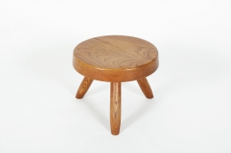 Charlotte Perriand's low stool, full front view from above