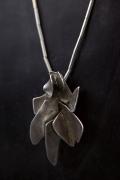 Alicia Penalba's necklace, close up view of pendant