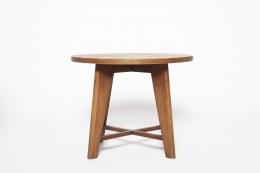 René Gabriel's pedestal table front eye-level view