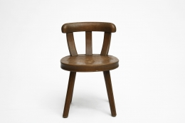 Marolles' wooden chair front straight view
