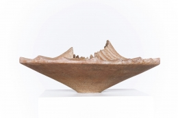 Annie Fourmanoir's ceramic bowl straight eye-level view