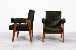 """Le Corbusier, Pierre Jeanneret & Jeet Lal Malhotra's """"Advocate and Press"""" pair of armchairs, side and front views"""