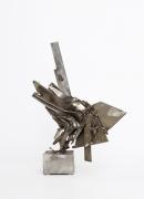 Albert Feraud's sculpture full side view