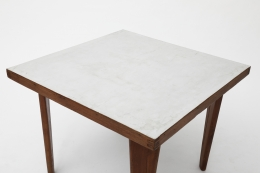 Pierre Jeanneret's square table detailed view of top of formica table top