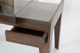 Pierre Jeanneret's console, detailed view of drawer open