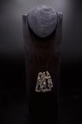 Albert Feraud's pendant straight full view