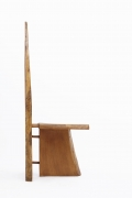 Dominique Zimbacca's tripod chair, full side view
