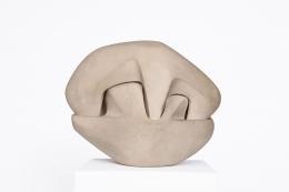 Marta Pan's ceramic sculpture, straight full view