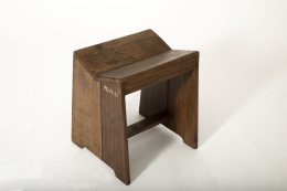 Pierre Jeanneret's stool, diagonal views from above