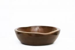 Alexandre Noll's wooden bowl, side view