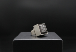 Serge Manzon's ring, front view