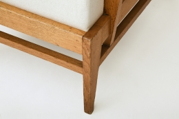 René Gabriel's pair of armchairs, detailed view of foot