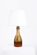 Juliette Derel's ceramic table lamp full straight view