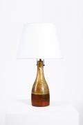 Juliette Derel's ceramic table lamp full straight view