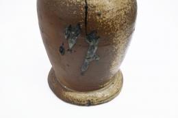 La Borne's ceramic table lamp, detailed view of base