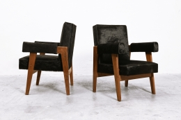 """Le Corbusier, Pierre Jeanneret & Jeet Lal Malhotra's """"Advocate and Press"""" pair of armchairs, side and diagonal views"""