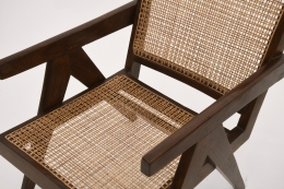 Pierre Jeanneret's pair of easy armchairs detailed view