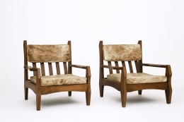 Guillerme et Chambron's pair of armchairs, front diagonal views