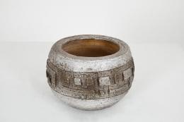 Marius Bessone's ceramic bowl, straight full view from above