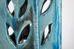 Vallauris' ceramic table lamp, detailed view