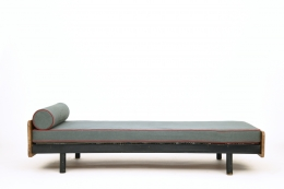 Jean Prouvé's daybed, full straight view